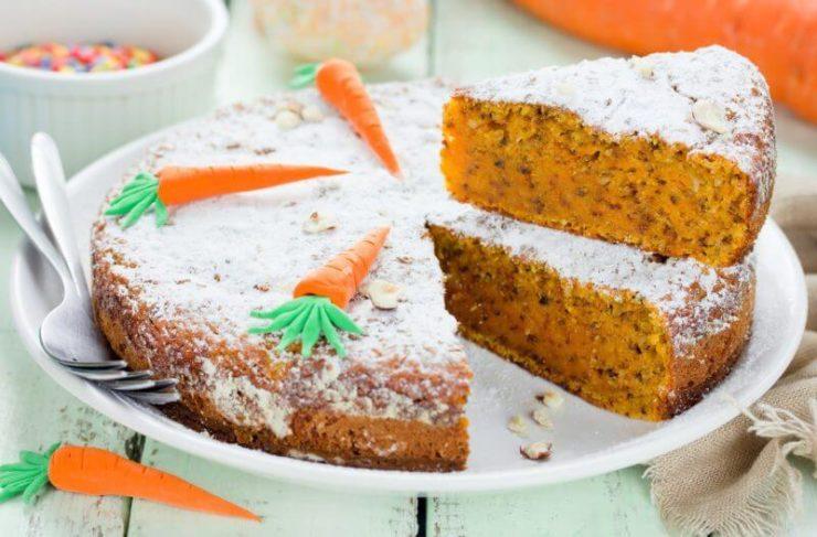 スイス生まれのキャロットケーキ「リューブリトルテ」。人参のオレンジ色をしたケーキ。
